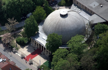 View on the Carl Zeiss Planetarium. With more than 80 years of operation, it is the oldest planeterium in the world.